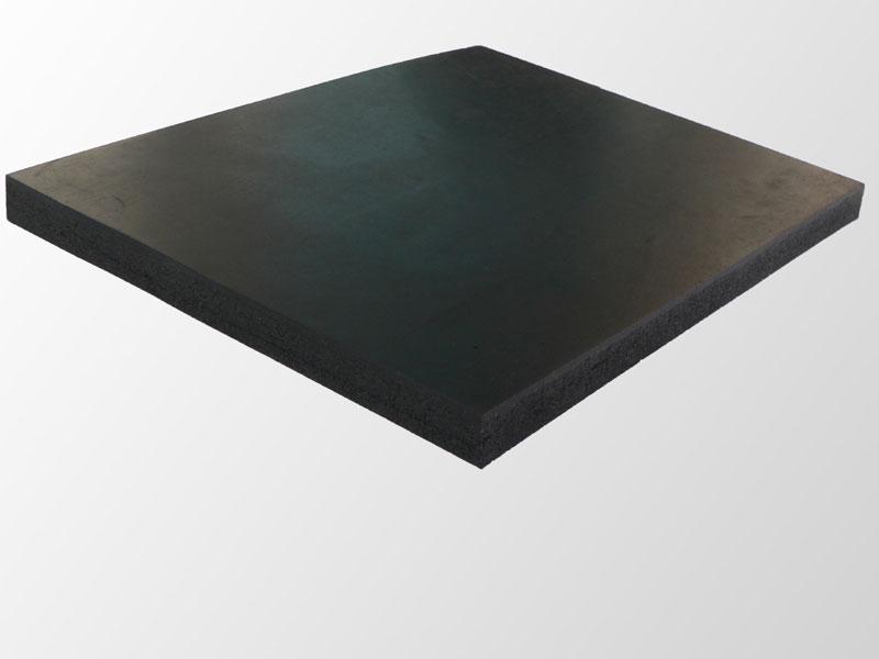 antirutschmatte f r schwertransporte lasiportal. Black Bedroom Furniture Sets. Home Design Ideas