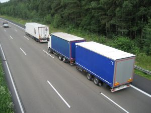 Den LKW-Fahrermangel erfolgreich bekämpfen