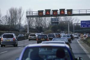 Der Deutsche Verkehrssicherheitsrat hat sich Gedanken um die Sicherheit bei Autobahn-Baustellen gemacht (Foto: DVR)
