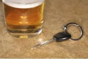 Nach Alkoholgenuss sollten die Fahrzeugschlüssel liegen bleiben (Foto: fernfahrer.de)