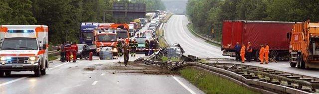 Üble Folgen eines Unfalls unter Alkoholeinfluss (Foto: Archiv)