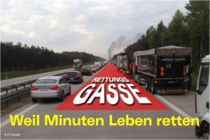 Bildung von Rettungsgassen (Foto: Amtsfeuerwehr Friesack)