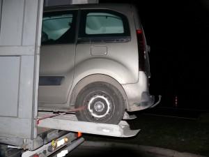 1: hinteres geladenes Fahrzeug, Überstand etwa 1,3 m