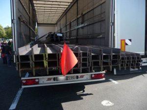 BAG-untersagt-24-Tonner-Stahltransport-die-Weiterfahrt